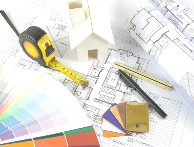 Architektonische ZEichnung, Maßband, Farbfächer, Bleistift als Analogie für schematisches Vorgehen
