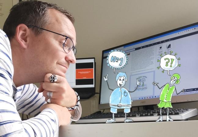 Jan sitzt an seinem Schreibtisch und beobachtet zwei illustrierte Figuren die über Employer Branding und Corona diskutieren